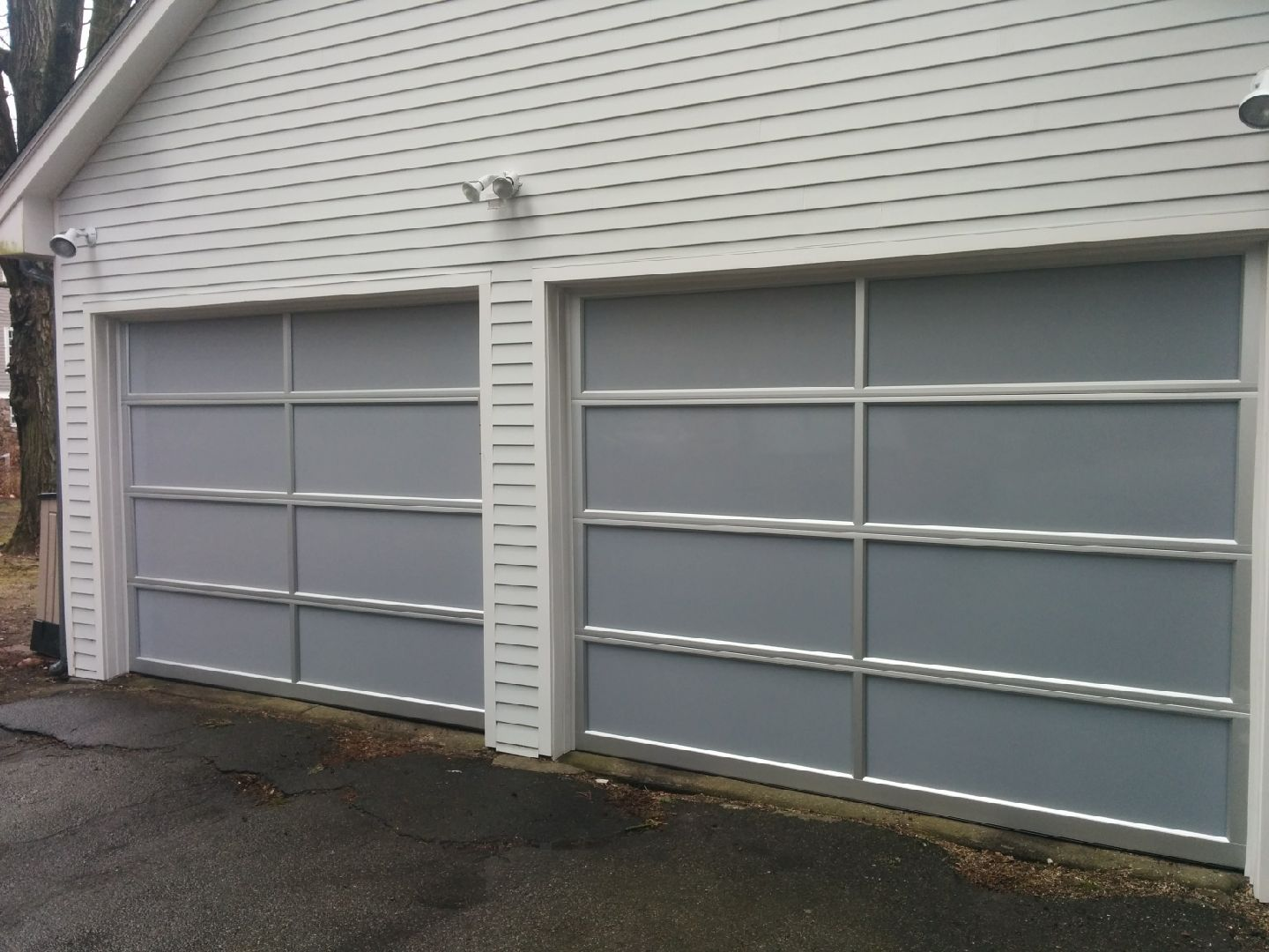 Avante White Acrylic Glass Collins Overhead Door. Everett Garage Door Repair